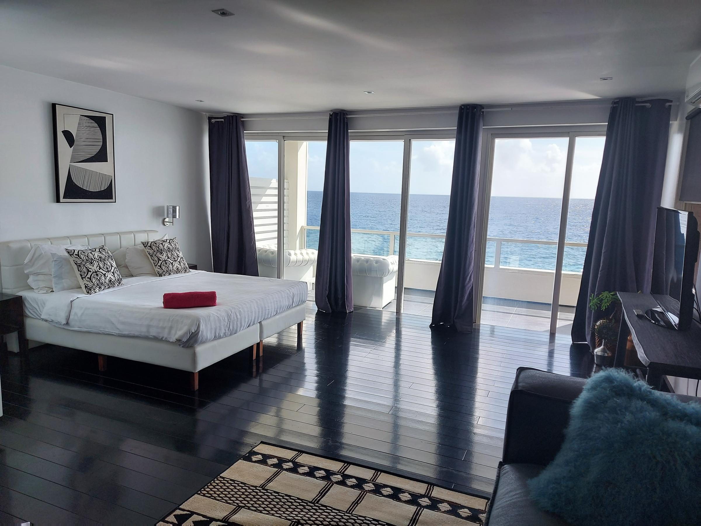 Junior Suite with Two King Beds Ocean Front